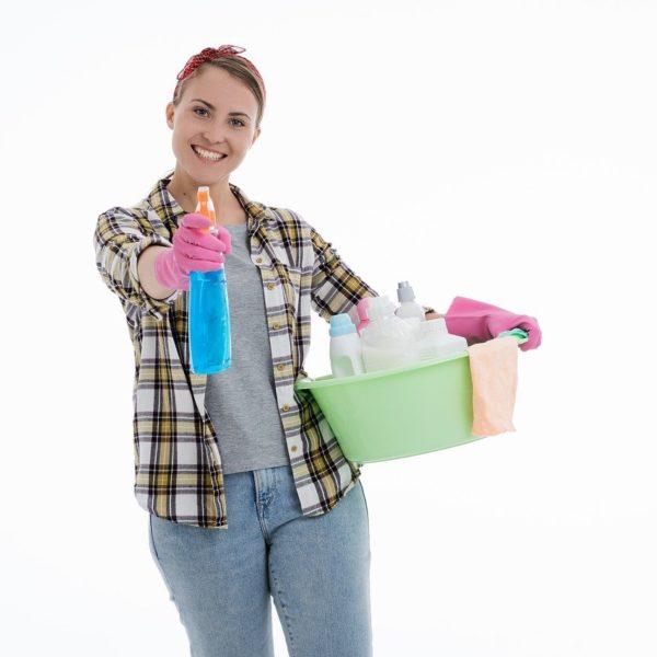 Quelles sont les tâches qu'une femme de ménage peut accomplir?