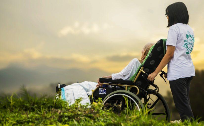 aides à domicile aux personnes âgées