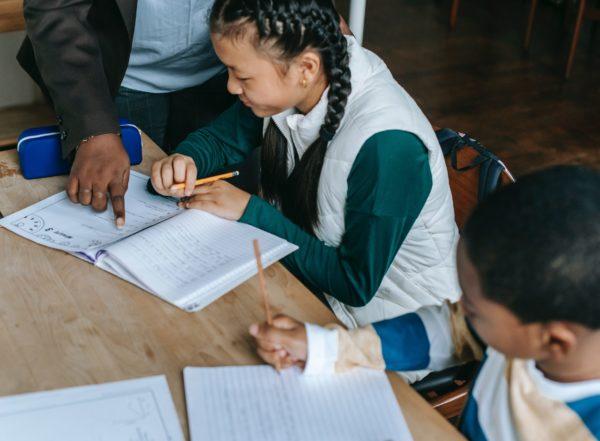Soutien scolaire : comment préparer un examen en contrôle continu ?